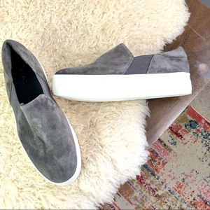 Vince. Suede leather gray platform Warren sneaker